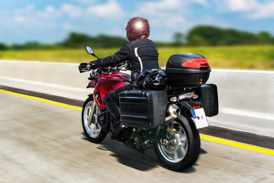 Motorrad auf der Autobahn