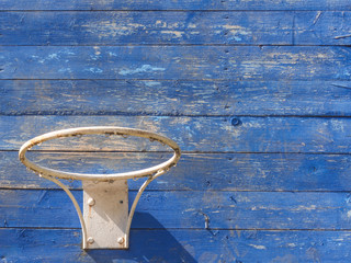 The old basketball hoop