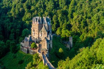 Fotobehang Kasteel Burg Eltz castle in Rhineland-Palatinate, Germany.