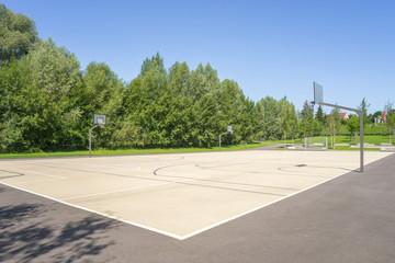 Öffentlicher Sportplatz