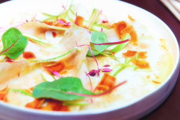 Papiers peints Entree Carpaccio from artichoke and bottarga, toned