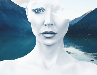 Młoda kobieta i natura krajobraz - 169403226