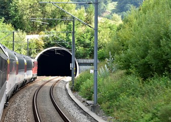 Foto auf Gartenposter Tunel tunnel