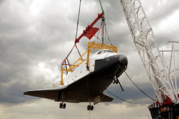 Wall Murals Nasa A space shuttle on the crane getting retired