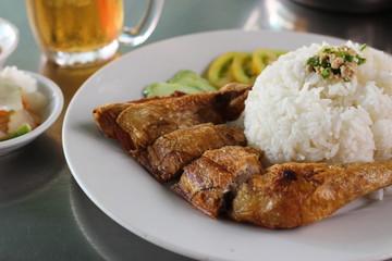 カンボジアのチキンライス