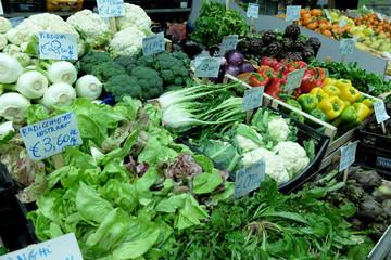 verdura ortaggi al mercato