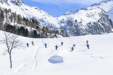 Skifahrer-Gruppe im Backcountry