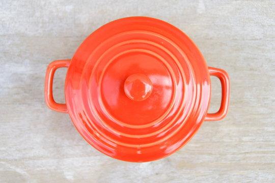 cocotte orange vide,vaisselle,accessoire