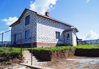 Construction of the new cottage