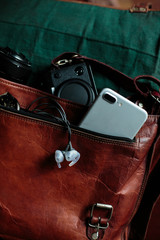 Light photography equipment for travel, smartphone and mirrorless camera