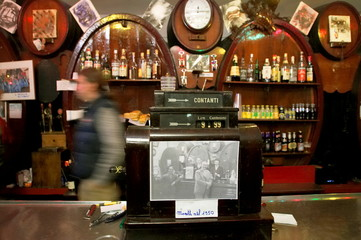 VIEW OF OLD CASH REGISTER AT BAR IN GENOA.