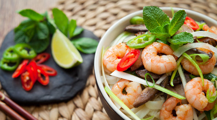 Vietnamese Spicy King Prawn Noodles wirh chili, lime and Shiitake mushrooms .