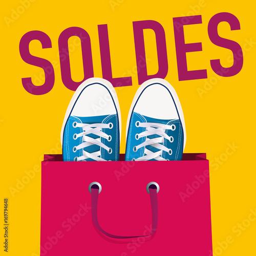 ff11f54e1e6 soldes - affiche - chaussure - publicité - jeune -shopping - promo - mode