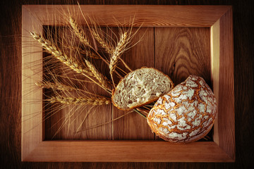 Round bread and spikelets