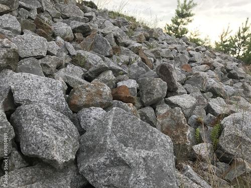 natur steine granit pflastersteine haufen steine fotos. Black Bedroom Furniture Sets. Home Design Ideas