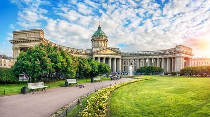 Тихий вечер у Казанского собора A quiet evening at the Kazan Cathedral