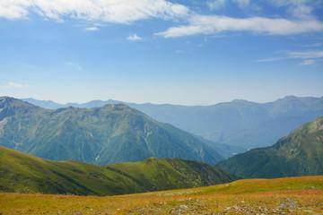 Beautiful Georgian Caucasus Landscape in Upper Svaneti  fonfonefonovyi riezhimkontiekstobrazovaniiepodghotovkapodopliokapriedposylkapriedystoriiaproiskhozhdieniiezadnii planзадний планконтекстобразова