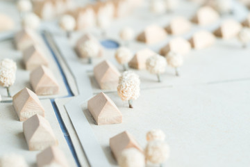 Architektur Modell eines Feriendorfes aus Holz und Karton