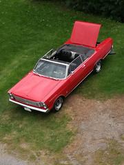 Roter Oldtimer Cabriolet