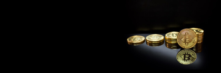 Bitcoin Gold Münzen Kryptowährung Banner Website Design Werbung - Platz für den eigenen Text