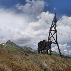 Guston Mine/ Headframe of the Guston Mine in Red Mountain Mining District