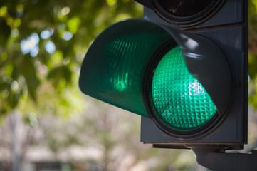 green traffic light Fotomurales