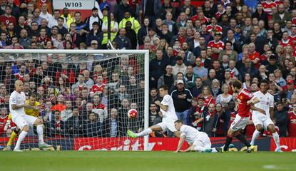 Manchester United v Liverpool - Barclays Premier League