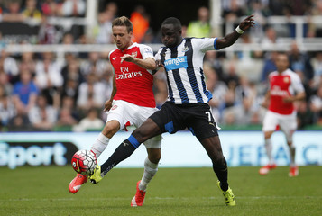Newcastle United v Arsenal - Barclays Premier League