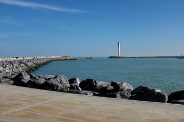 Côte et phare d'Ostende