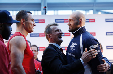 Wladimir Klitschko & Tyson Fury Weigh-In