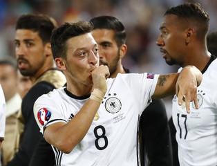 Germany v Italy - EURO 2016 - Quarter Final