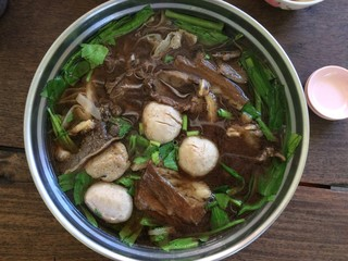 Stewed beef stew pot