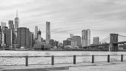 Panoramic picture of the Manhattan skyline seen from Brooklyn, USA.