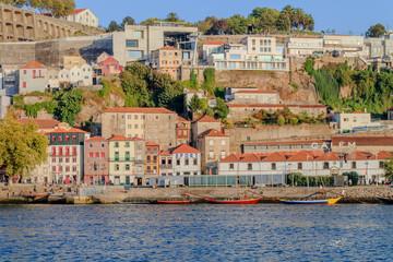 Vista de Vila Nova de Gaia em Portugal