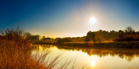 Foto op Aluminium Rivier Beautiful landscape with river at sunrise