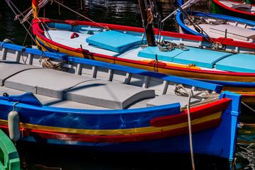 Les barques Catalane à Collioure la perle de la côte vermeille