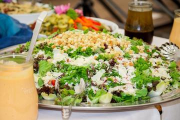 Salatplatte mit Croutons