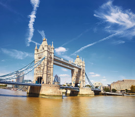 Wall Mural - Tower Bridge on a bright sunny day in London, panorama