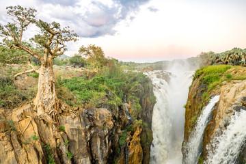 Namibia, Kunene, Kaokoland, Epupafalls des Kunene, Fluß an der Grenze zu Angola im Kaokoland