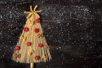 Albero di Natale di spaghetti