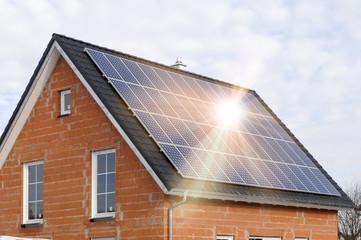 Solardach zur Stromerzeugung