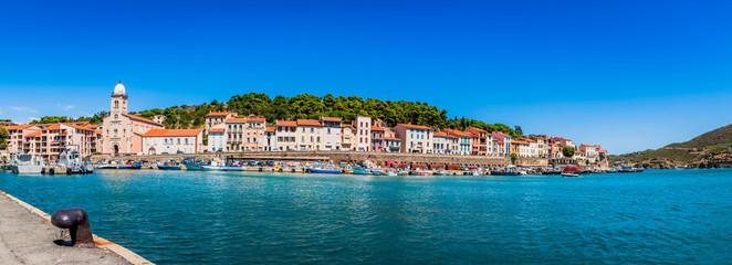 Panorama de Port-Vendres et son port de pêche