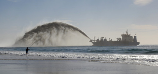 Dredging off the Queensland Gold Coast at Surfers Paradise