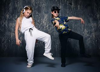 kids dancing hip-hop