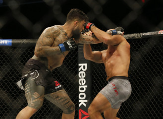 MMA: UFC 215-Latifi vs Pedro