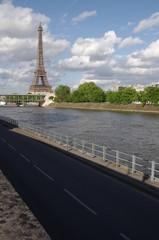 Tour Eiffel vue de la Seine