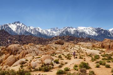 Wandern in den Alabama Hills und Sierra Nevada bei Lone Pine, Kalifornien