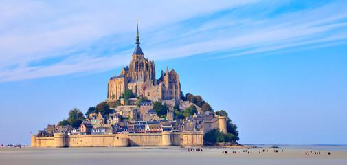 Mont saint Michel, randonnée dans la baie à marée basse