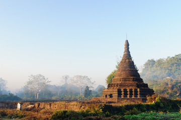 Mrauk U (small Bagan) the ancient Rakhaing capital. Htuparyon Paya temple in Mrauk U. Myanmar (Burma)