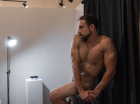 Male Life Drawing Model